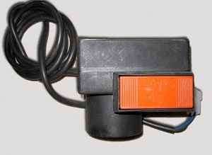 Выключатель для E40W (725-04570)
